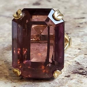 Avon Purple large stone ring sz 5
